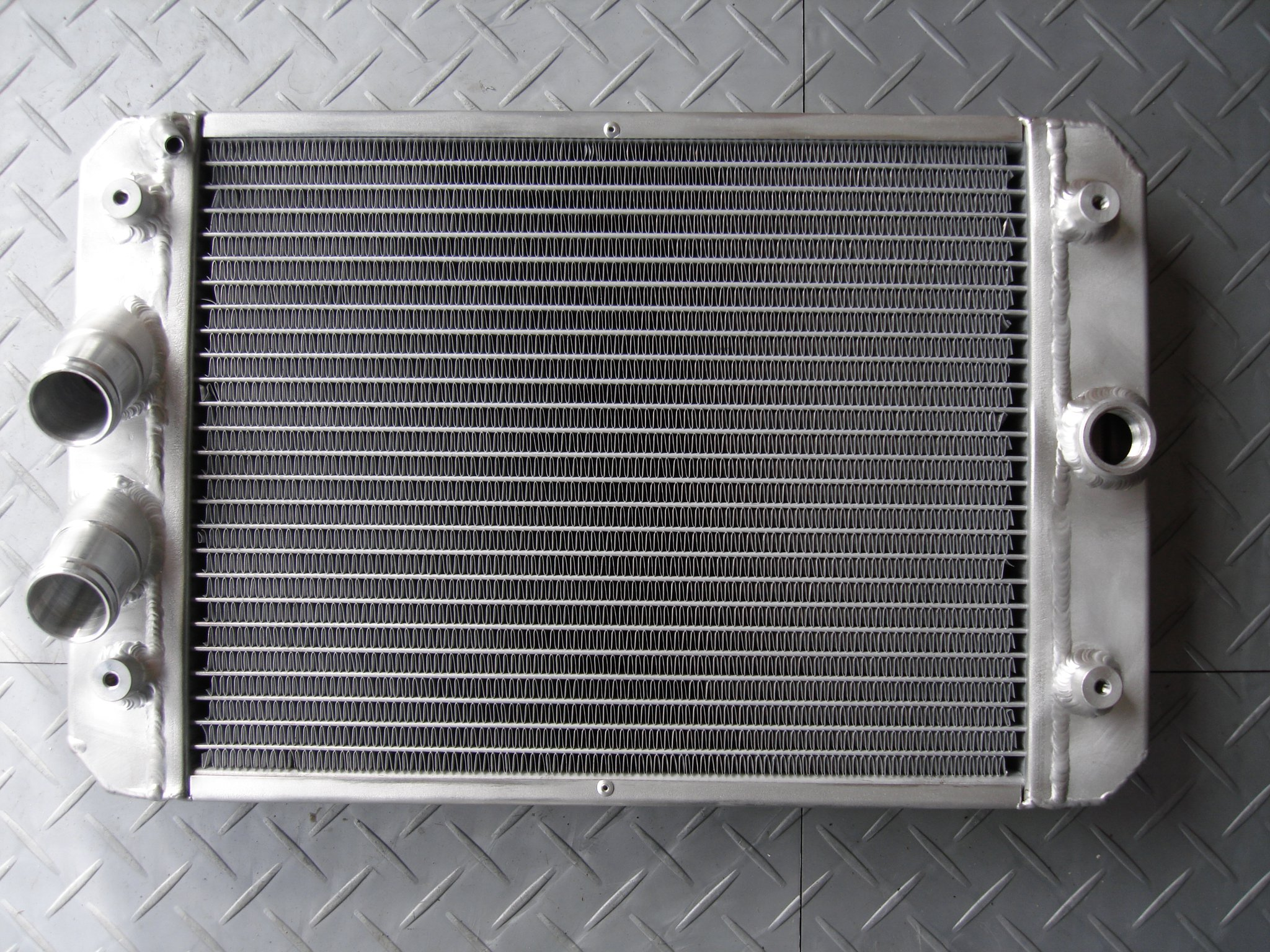 The best aluminum heating radiators: characteristics, tips on choosing, the best manufacturers 16